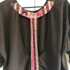 Tops - Black & tribal open back blouse